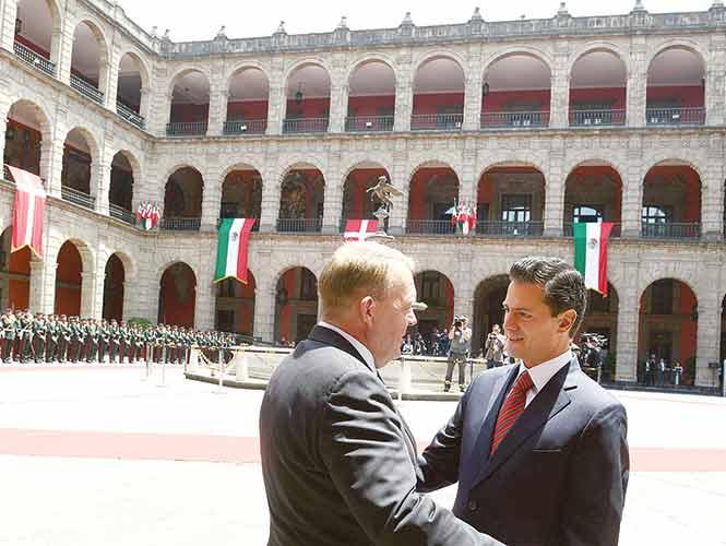 Peña Nieto fortalece lazos económicos con Dinamarca