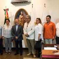 RINDEN MUNICIPIO Y FECANACO HOMENAJE AL ACTOR JORGE REYNOSO