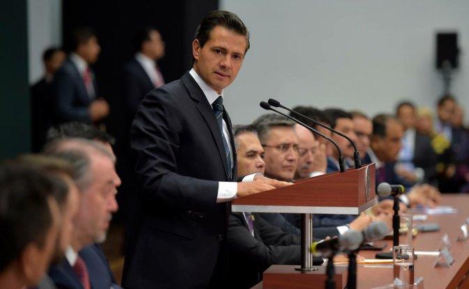 Peña Nieto, encabeza reunión extraordinaria de la Conferencia Nacional de Gobernadores (CONAGO)