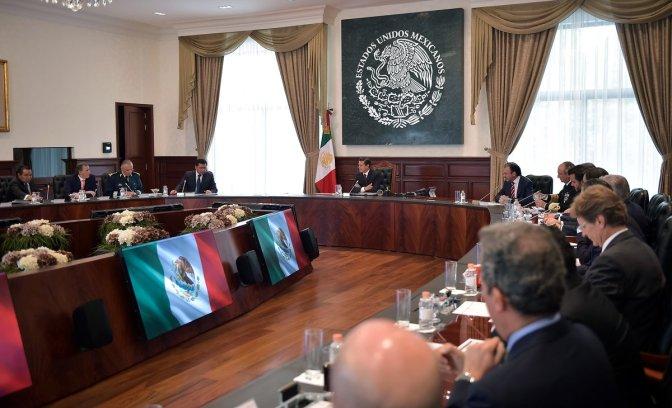 Encabeza el Presidente Enrique Peña Nieto una reunión con su Gabinete Legal y Ampliado