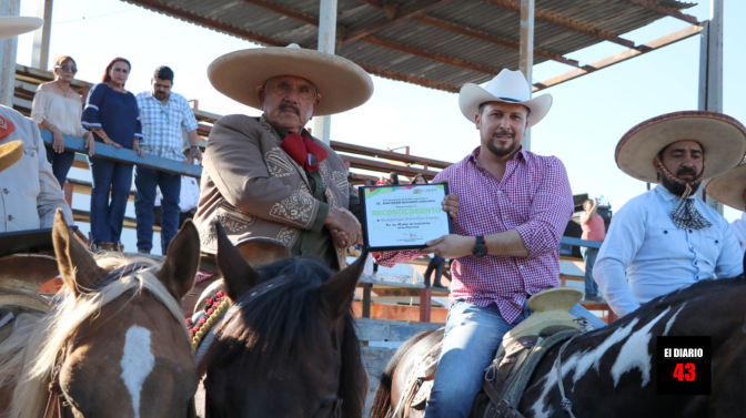 Juan Diego Guajardo reconoce trayectoria de Don Lupe González