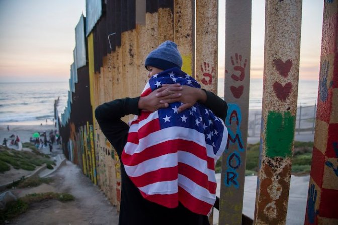 Aprueba Cámara baja de EE.UU. presupuesto para el muro