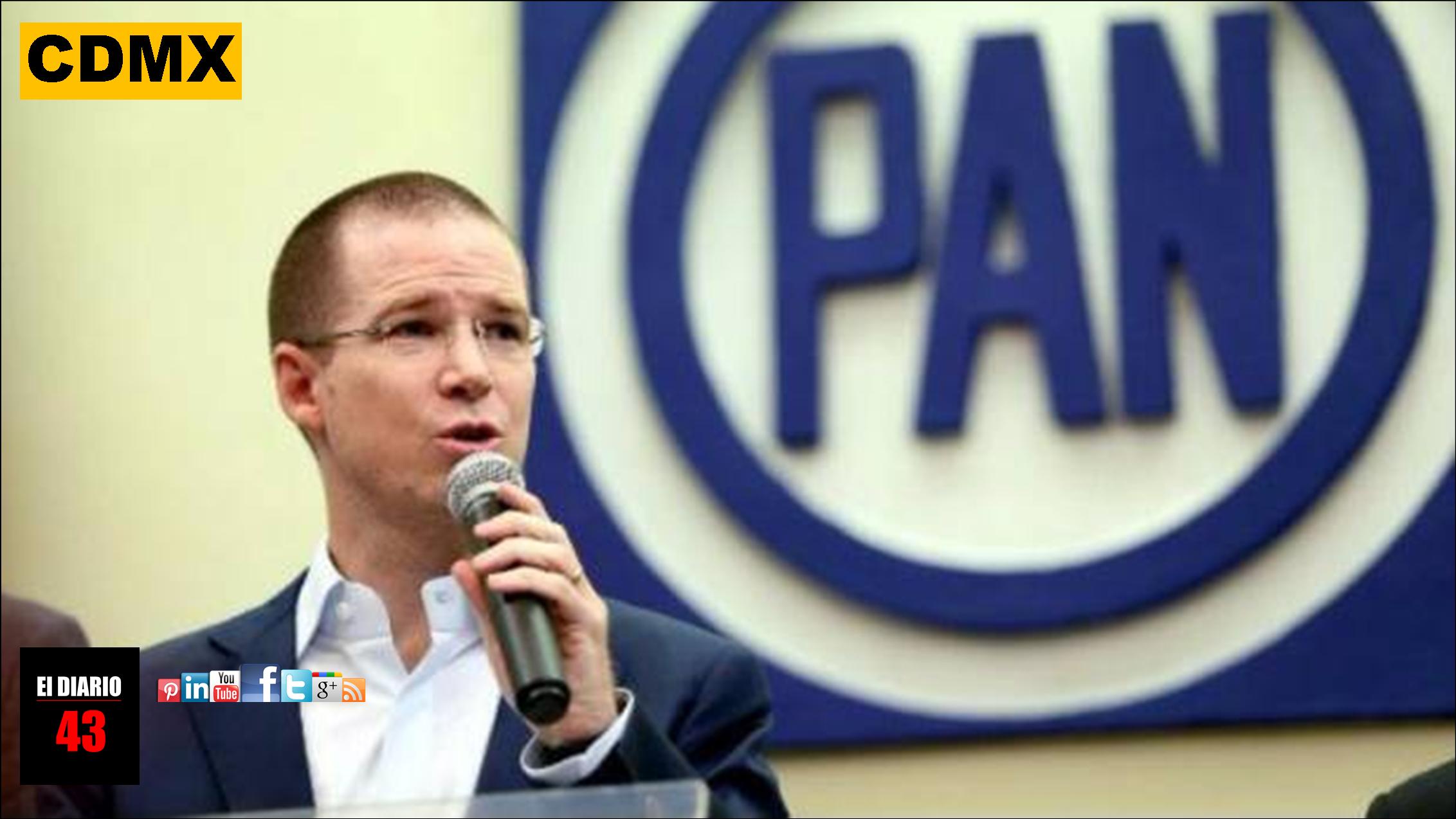 Líder del PAN anunció que su familia regresa a México