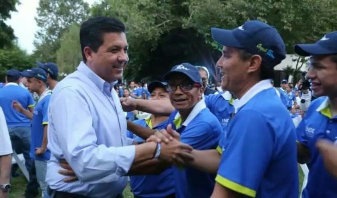 GOBERNADOR RECONOCE A MEDALLISTAS DE LA OLIMPIADA NACIONAL 2017