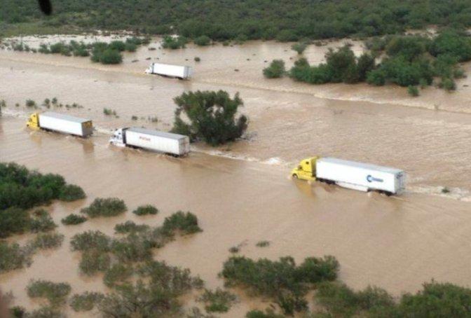 No hay paso en carretera Monterrey-Nuevo Laredo por inundación…