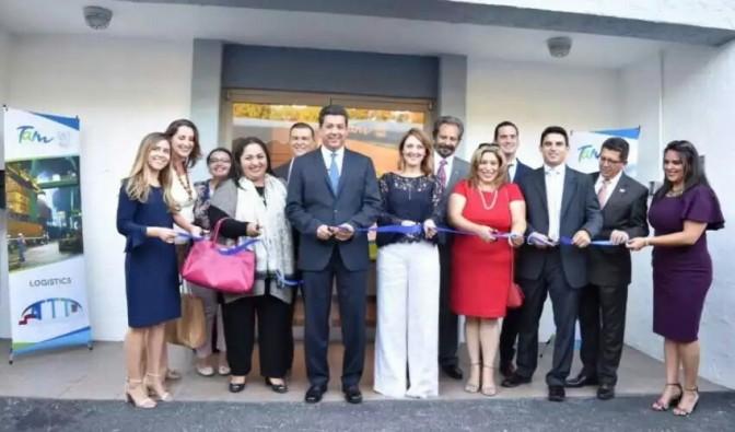 INAUGURA GOBERNADOR OFICINA COMERCIAL DE TAMAULIPAS EN TEXAS