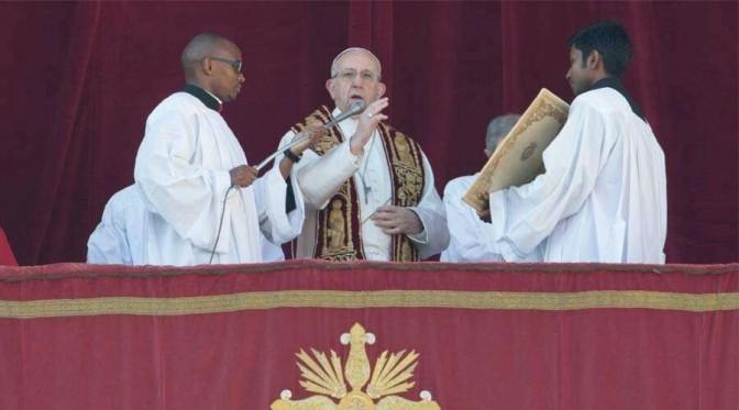 COMPLETO : Mensaje del Papa Francisco en la Solemnidad de Navidad…