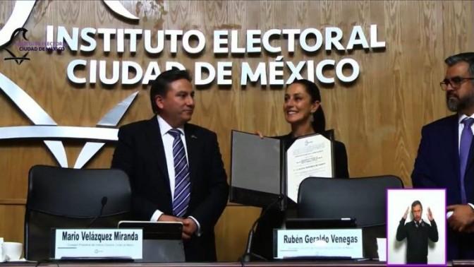 Sheinbaum recibe constancia de Jefa de Gobierno electa de la CDMX