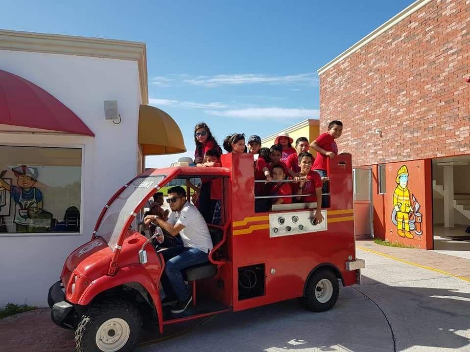 Ofrece Municipio diversión y esparcimiento para las familias.