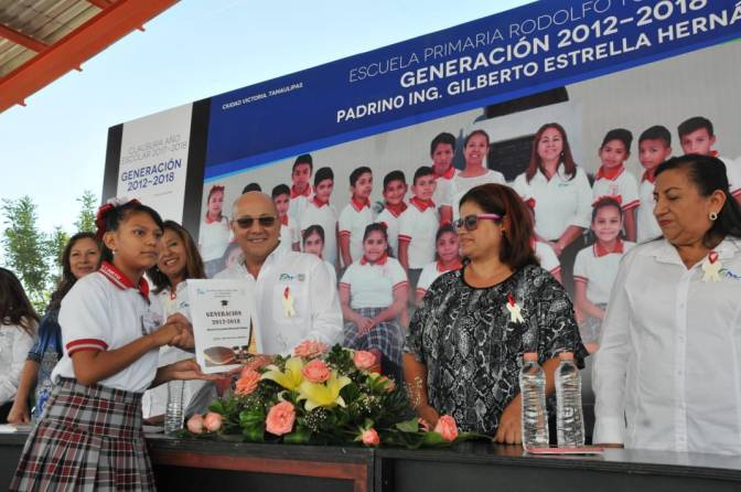"""EGRESÓ LA GENERACIÓN 2012-2018 """"GILBERTO ESTRELLA HERNÁNDEZ"""""""