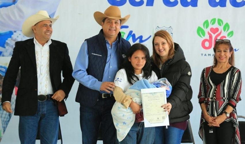 """MILES DE FAMILIAS HAN RECIBIDO LOS SERVICIOS Y APOYO A TRAVÉS DE """"UN GOBIERNO CERCA DE TI"""""""