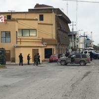 Ejecutan a hombre;lesionan a mujer y menor por el bulevar Tiburcio Garza Zamora...