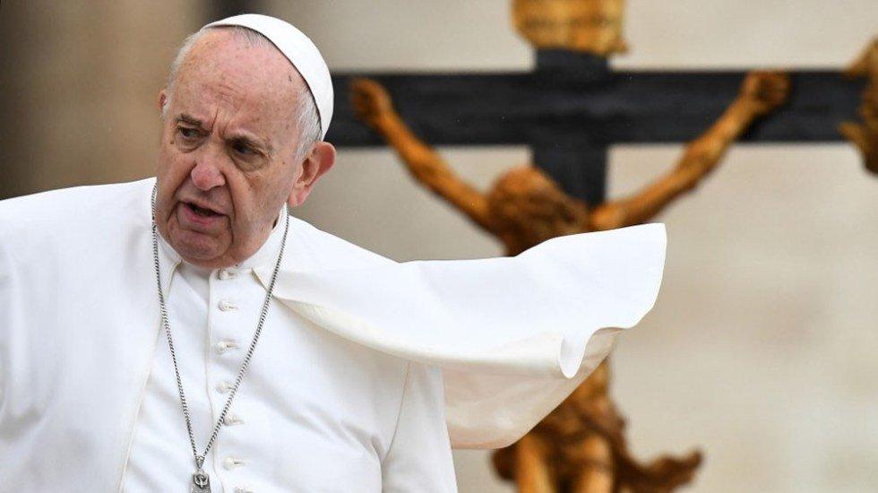 Papa Francisco reitera que aborto equivale a recurrir a un sicario