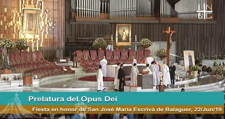 Misa de hoy domingo desde la Basílica de 🇲🇽México…