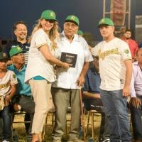 Inaugura Maki Ortiz Homenaje a los Broncos de Reynosa Campeones de 1969