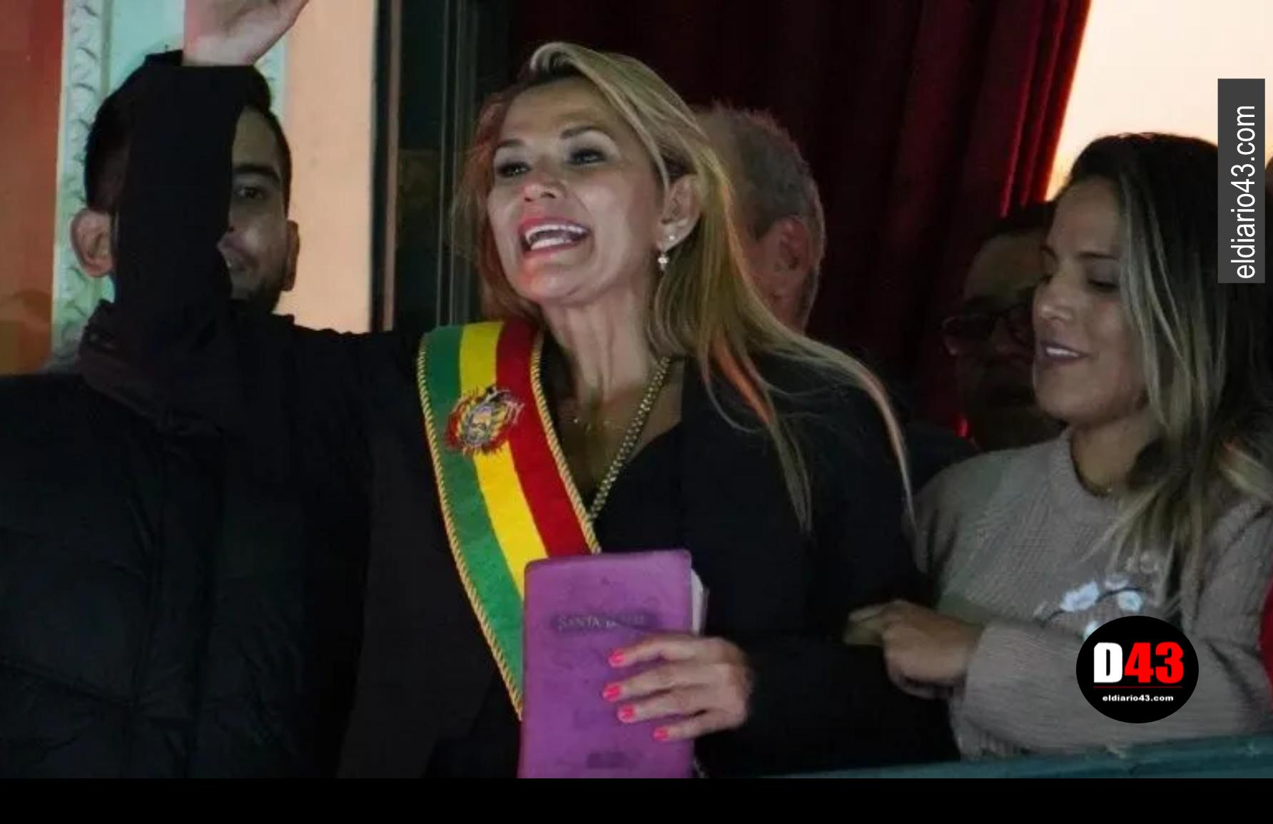 Me dan mucha pena los mexicanos: Presidenta interina de Bolivia