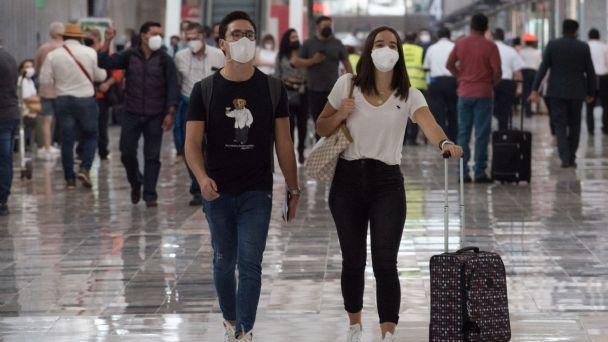 EU emite alerta de viaje a México por alza en contagios de COVID y violencia