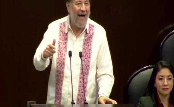 """""""Changoleón legislativo"""": Diputado del PAN le pone apodo a Noroña."""