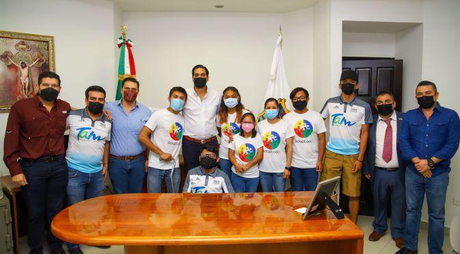 Apoya Carlos Peña a atletas discapacitados a través del IMD