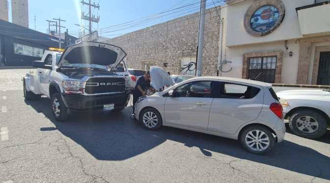 Auxilia Tránsito de Reynosa a conductores